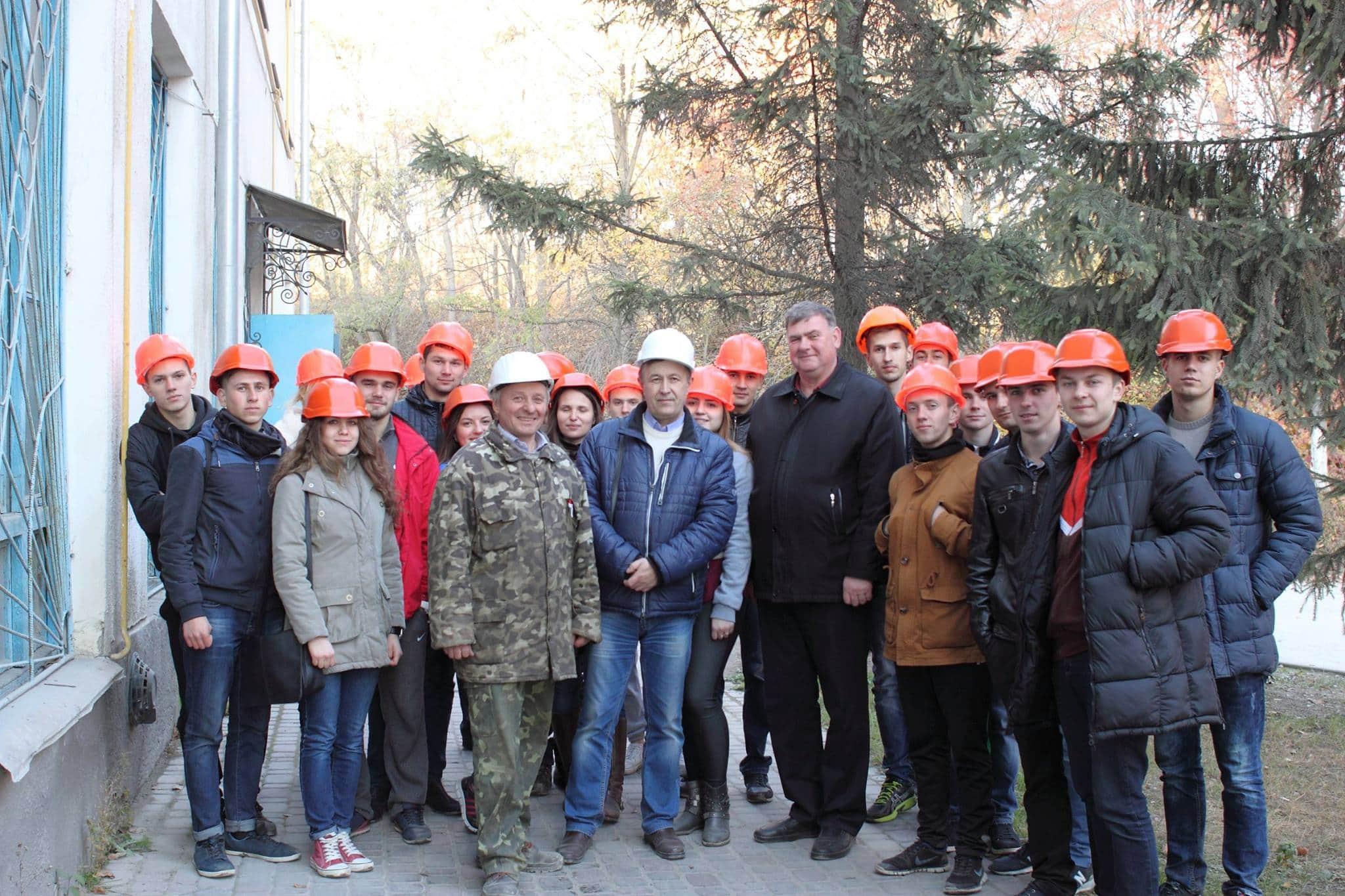 Студенти кафедри будівельної механіки екскурсія ПАТ «Будіндустрія»