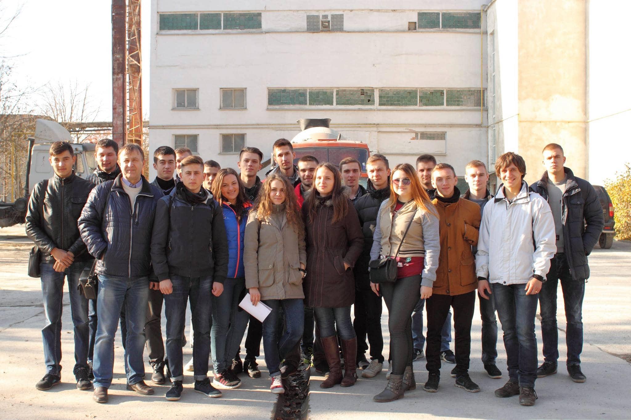 Екскурсія для студенів кафедри будівельної механіки групи МБ-31 в ПАТ «Будіндустрія»