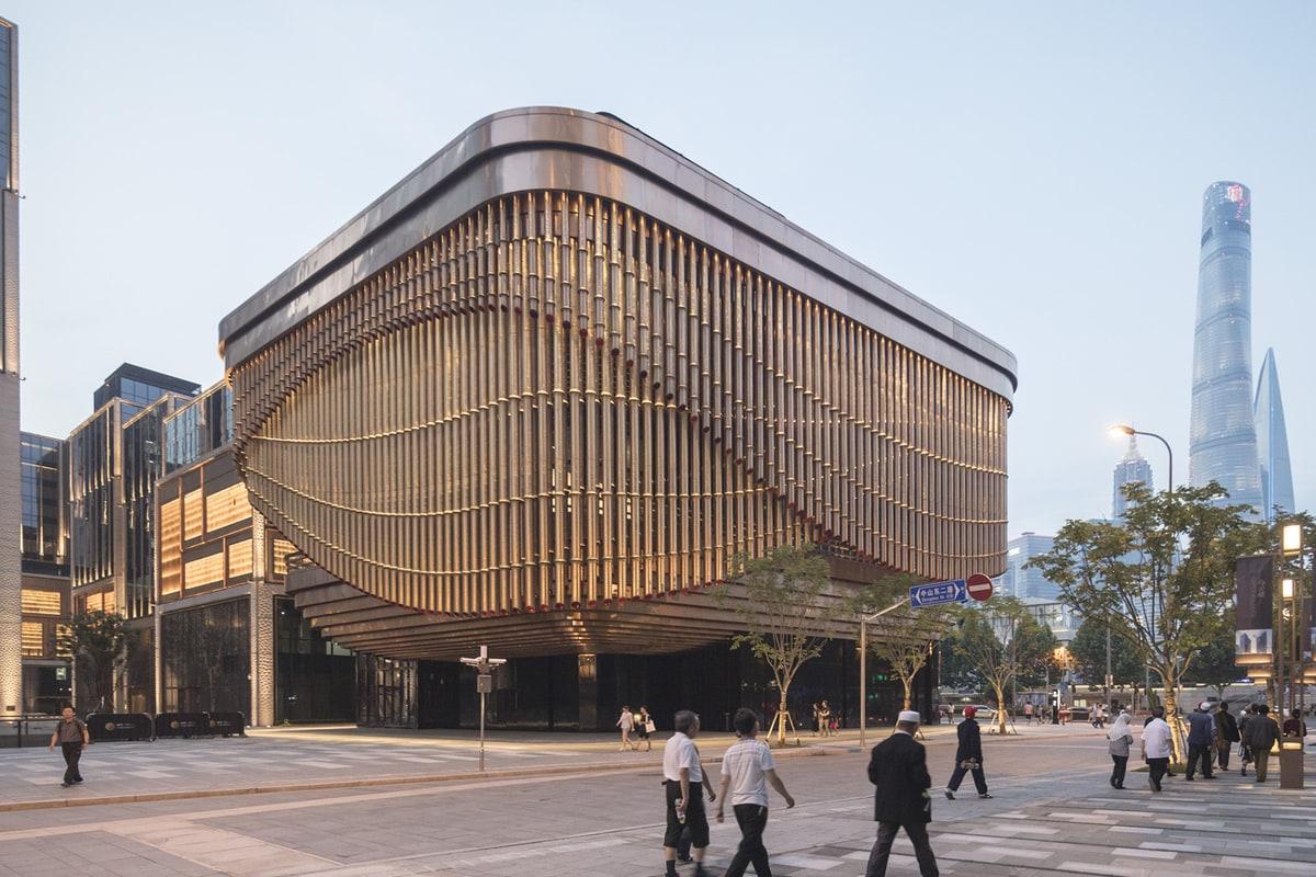 Фінансовий центр Бунд та основна будівля культурної частини проекту